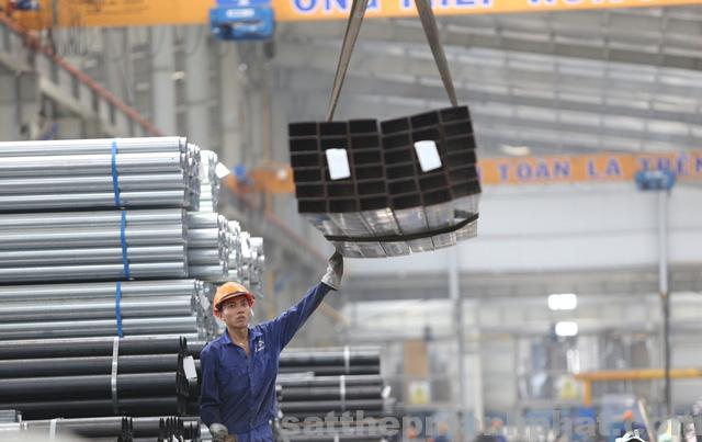 Giá sắt thép Hòa Phát hiện nay 2018 trên thị trường